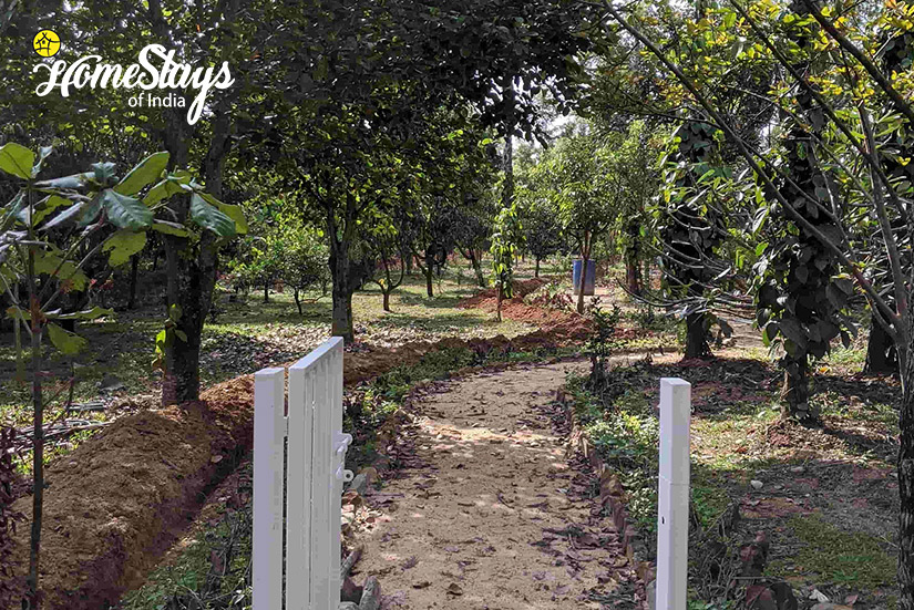 Main-Entrance_Mugathihalli-Homestay-Chikmagalure