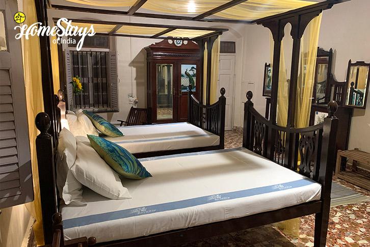 Master-Bedroom-Bordi-Homestay