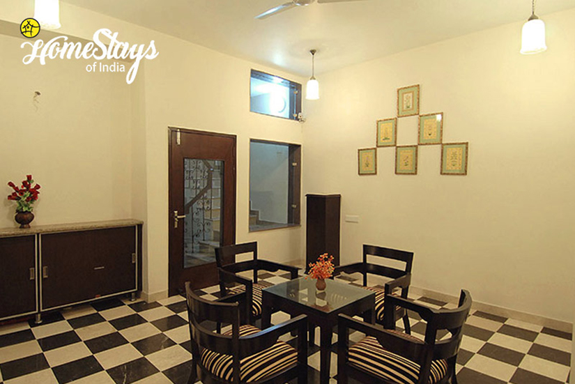 Meeting_Tajganj-Homestay-Agra