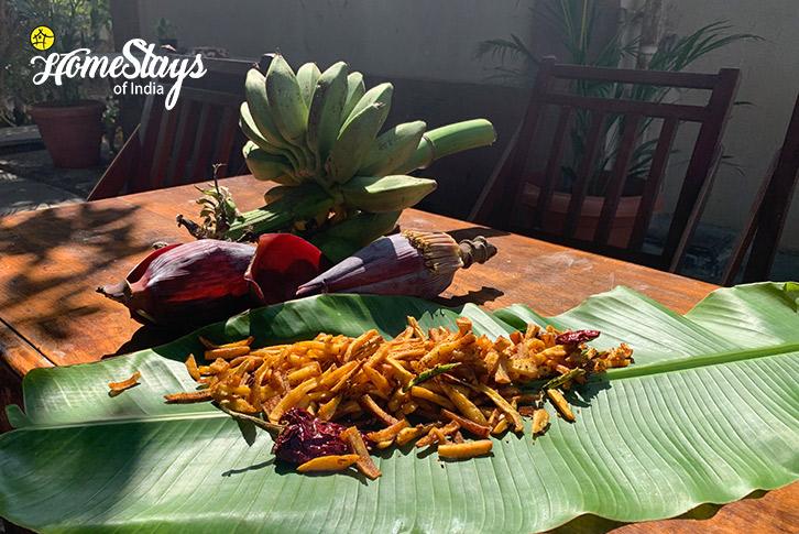 Organic-Banana-Fries-Bordi-Homestay