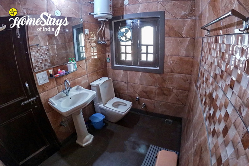 Palampur Homestay_Cottage Bathroom 2