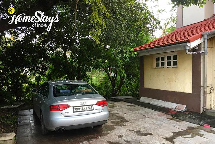 Parking_Bordi Homestay