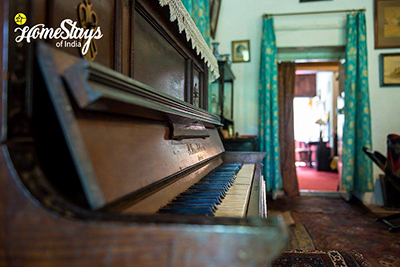 Piano-the-retreat-bhimtal