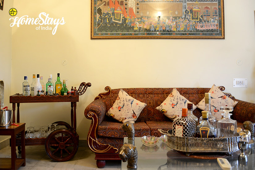 Private Bar_Peelwa Heritage Homestay_Jaipur