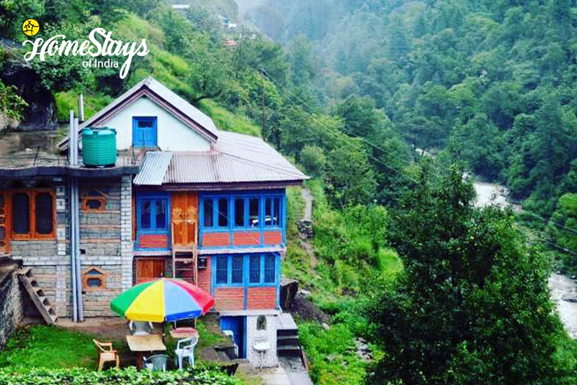 Riverside-Ropajani-Homestay-Tirthan