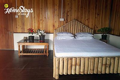Room1_Dhajea Village Homestay-West Bengal