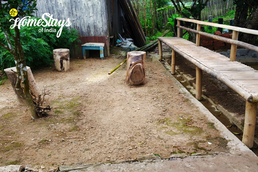 Sit Out_Dawaipani Homestay