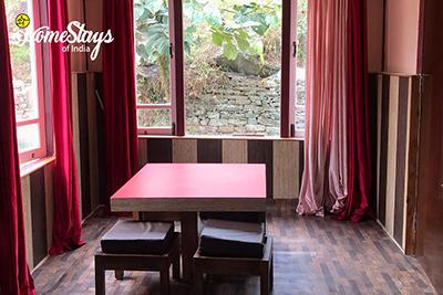 Sitting_Karongthang Homestay