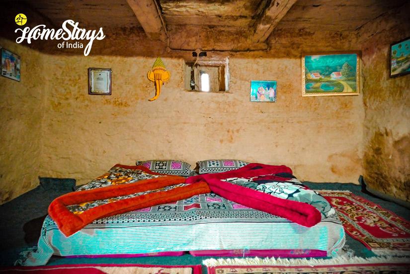 Sleeping2_Raithal Homestay-Uttarkashi