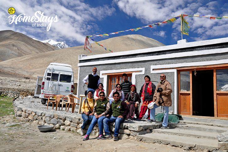 Spangmik Homestay-Ladakh