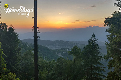 Sunset View_Bakrota Hills Homestay_Dalhousie