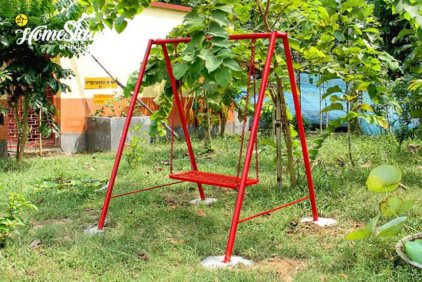 Swing_Singi Homestay