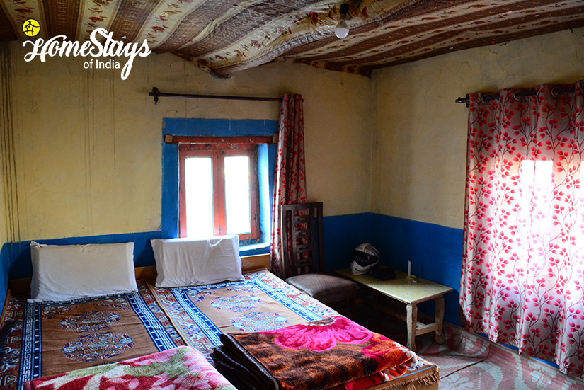 The-Bedroom_Dhankar-Homestay-Spiti