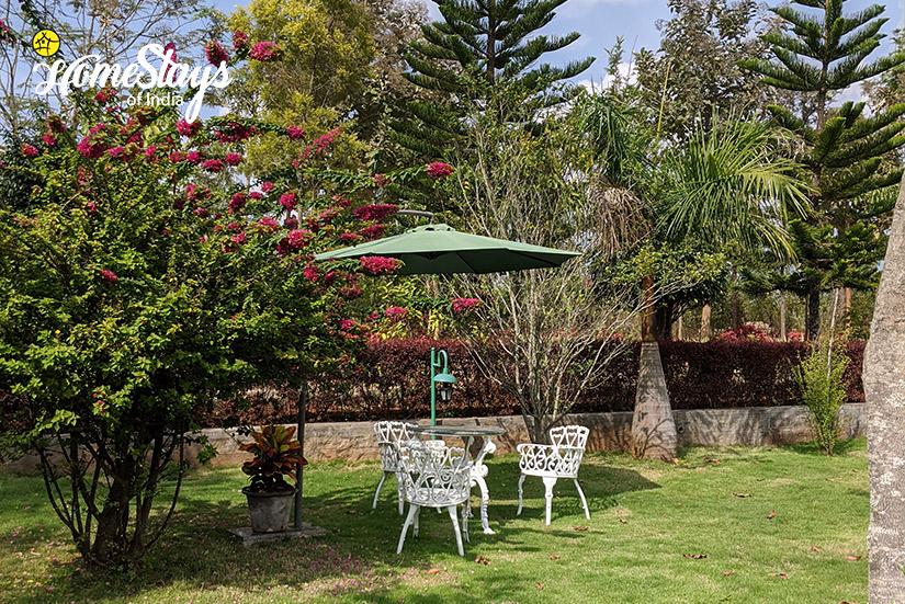 The-Garden_Mugathihalli-Homestay-Chikmagalure