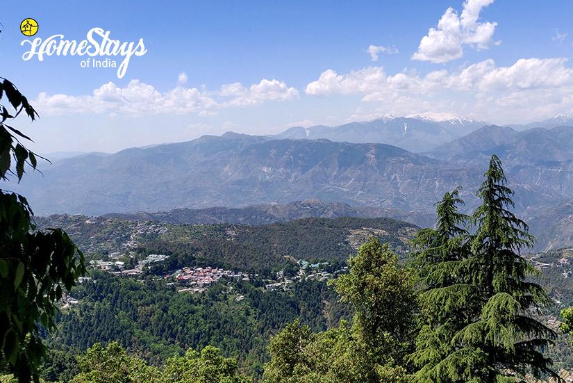 View_Bakrota Hills Homestay_Dalhousie