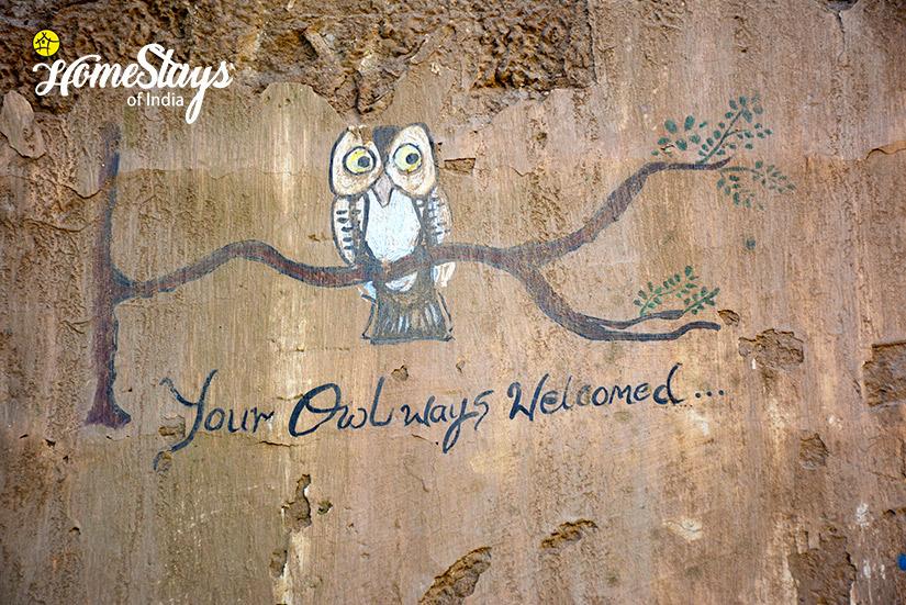 Wall paining_Raila Homestay-Nainital