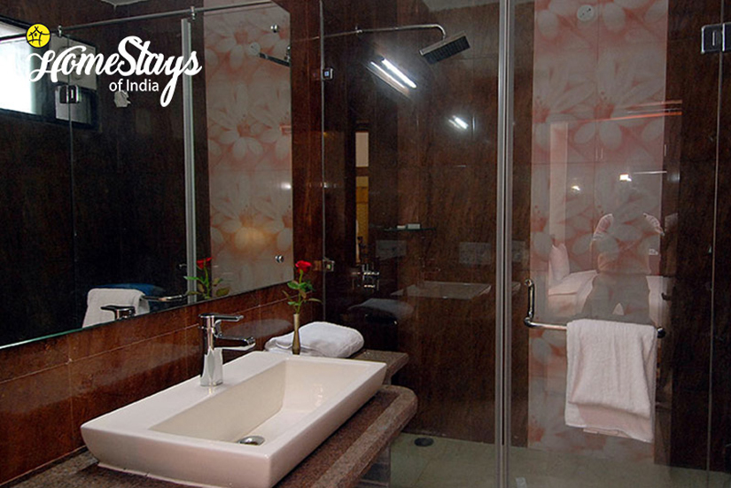 Washroom_Tajganj-Homestay-Agra
