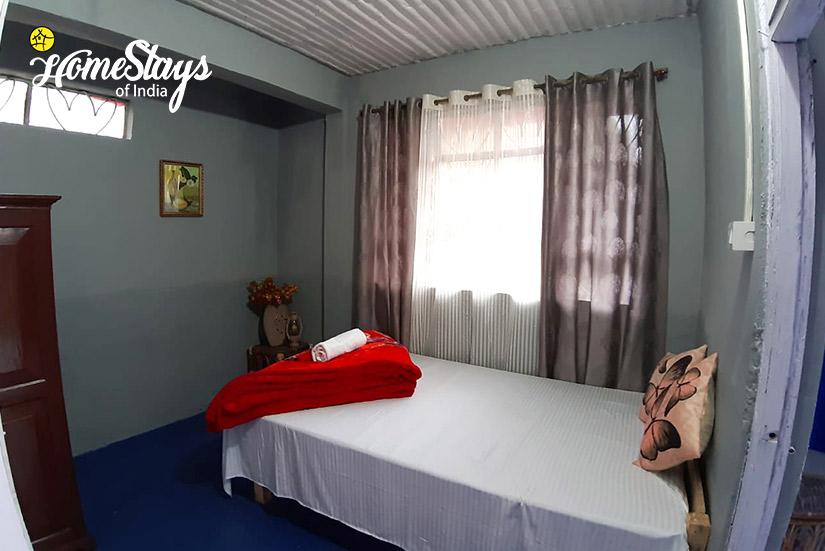 BedRoom3_Ghoom-Homestay-Darjeeling