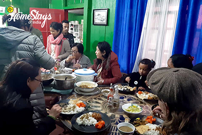 Dinner_Ghoom-Homestay-Darjeeling