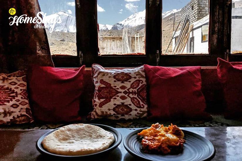 Dinning_Pangmo-Homestay-Spiti