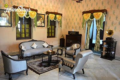 DrawingRoom_Jhargram-Heritage-Homestay
