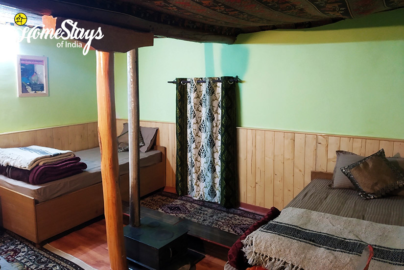 Family-Room2_Kaza-Khas-Homestay-Spiti