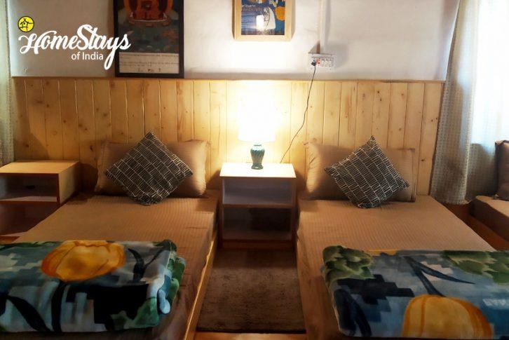 Family-Room_Kaza-Khas-Homestay-Spiti