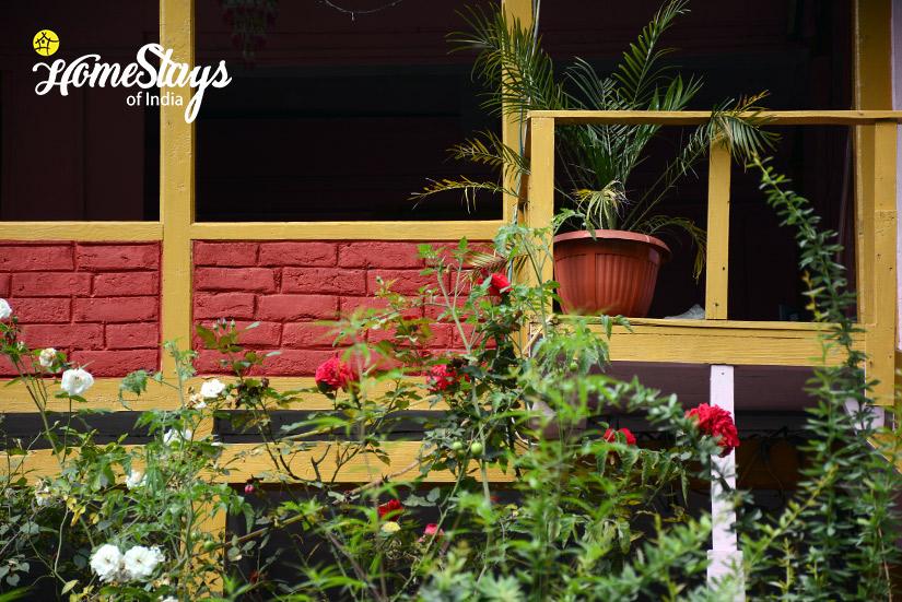 Flora_Chhalal-Homestay