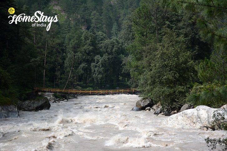 Parvati-River_Chhalal-Homestay