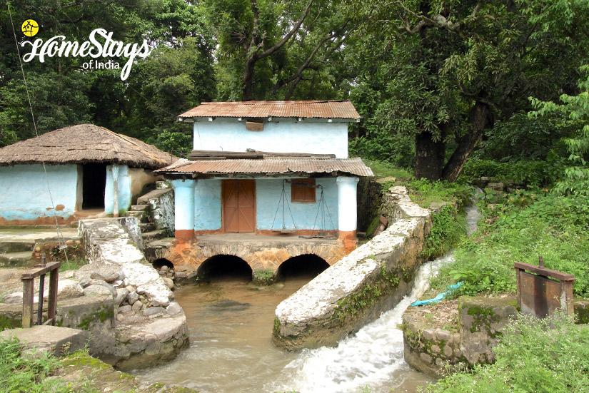 Water-Mill_Gebua Khas-Homestay-Corbett