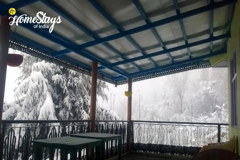 Winter3_Saryo-Homestay-Kalpa