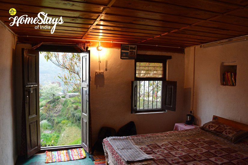 Bedroom-2_Kanarkha-Homestay-Padampuri