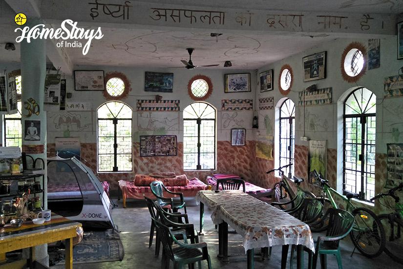 Dinning_Pawalgarh-Homestay