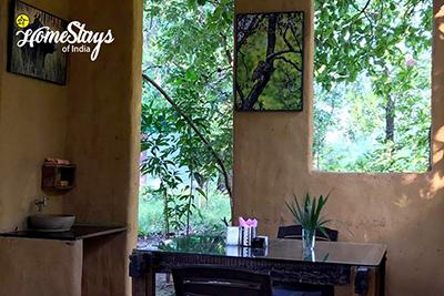 Dinning_Parsatola Ecostay-Kanha
