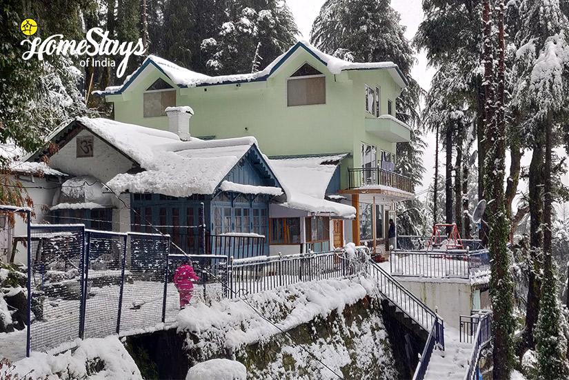 Winter2_Bakrota Hills Homestay_Dalhousie