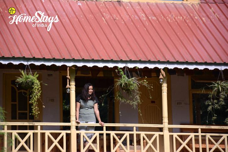 Balconey-4-SumaRopa-Homestay-Kasol