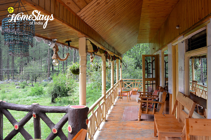 Balcony-3-SumaRopa-Homestay-Kasol