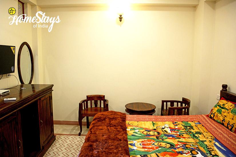 BedRoom-4_Gangapole-Tradional-Homestay,-Jaipur