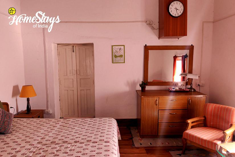 BedRoom2-Sirori Homestay-Nainital-Uttarakhand