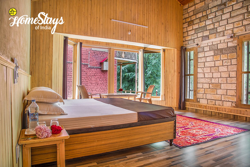 BedRoom3_Kaluropa-Homestay-Tirthan