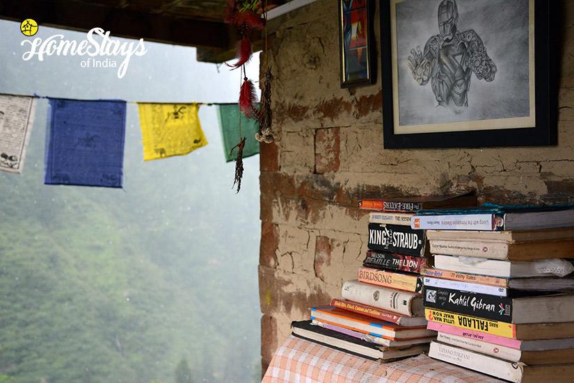 Library_Malana-Homestay