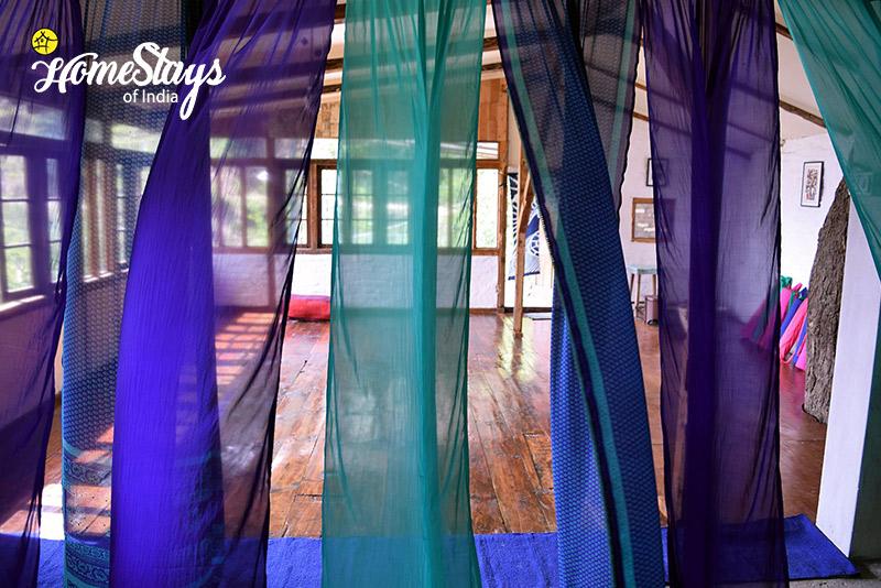 The-Yoga-Studio_Rukhla-Homestay,-Kotkhai
