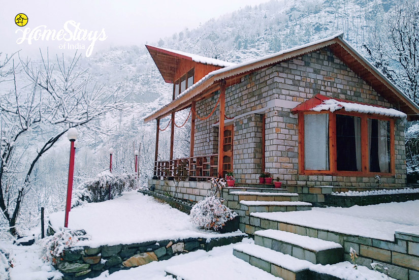 Winter2_Kaluropa-Homestay-Tirthan