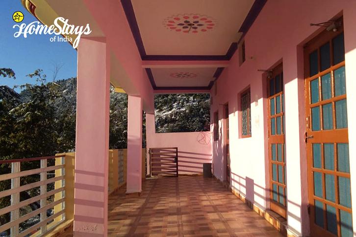 Balcony2_Srinagar Homestay-Uttarakhand