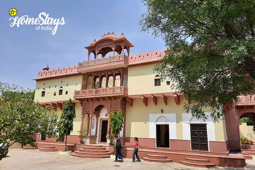 Lotwara-Heritage-Homestay2