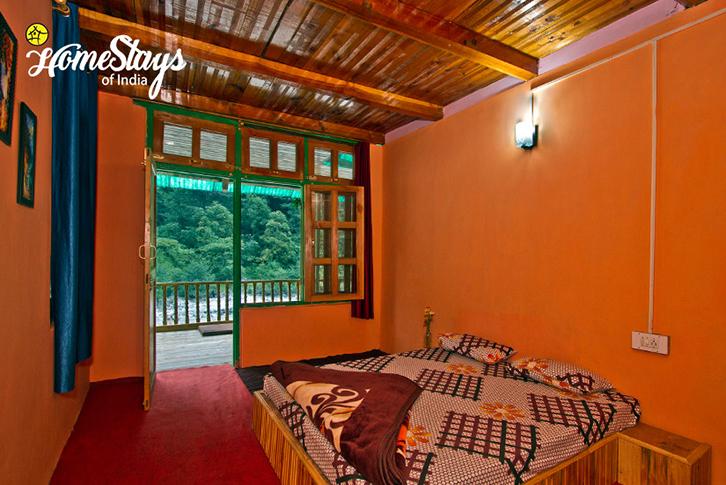 Riverside-Room-4-Baladhi-Homestay-Parvati