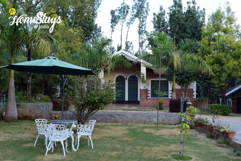 SitOut2_Mugathihalli-Homestay-Chikmagalure