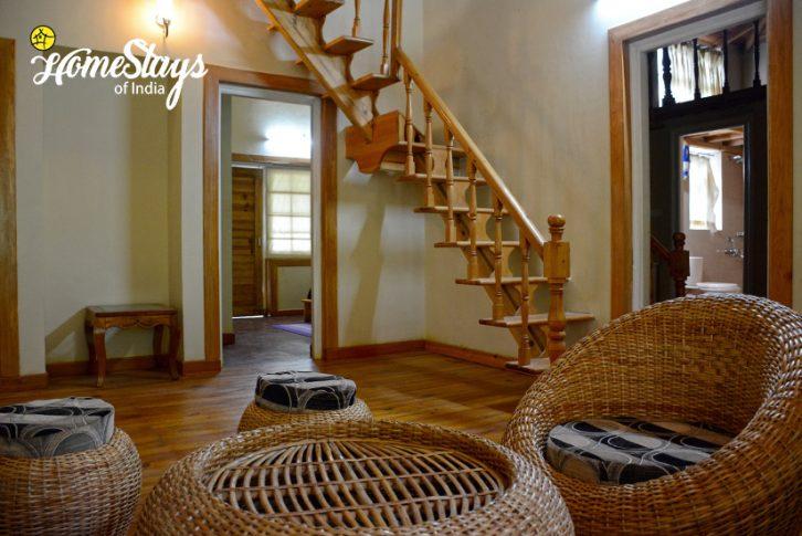 The Lobby-Bohrakote Homestay-Ramgarh