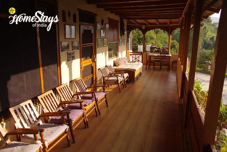 Veranda-2-Chadiara-Heritage-Homestay
