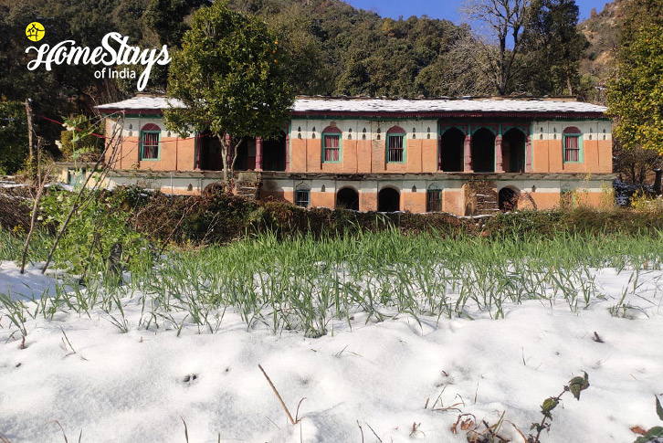 Winter_Srinagar Homestay-Uttarakhand